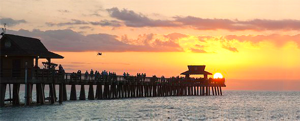 6105-06702858 © Masterfile Royalty-Free Model Release: No Property Release: No Panoramic view of Naples Pier at sunset, Naples, Florida, USA
